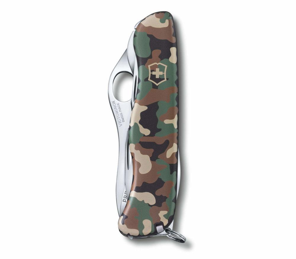 Victorinox pocket knife Trailmaster detail